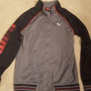 Puma boys zip up jacket size large